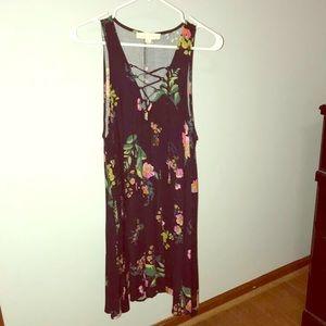 Black V-lace dress with floral print
